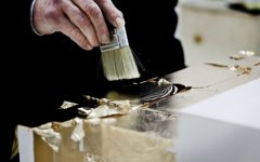 gold leaf Craftmanship Gold Leaf – Fine Art Pieces Inside A Luxury Living Room Craftmanship Gold leaf Fine Art Pieces Inside A Luxury Living Room featured 240x150