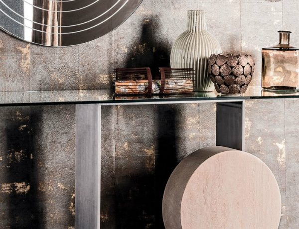 console tables 10 Glass Minimalist Console Tables for Modern Entryway featured 600x460