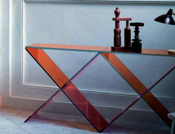 interior design These Glass Consoles Will Reach The Apogee of Your Interior Design xx glas italia featured 1 600x460