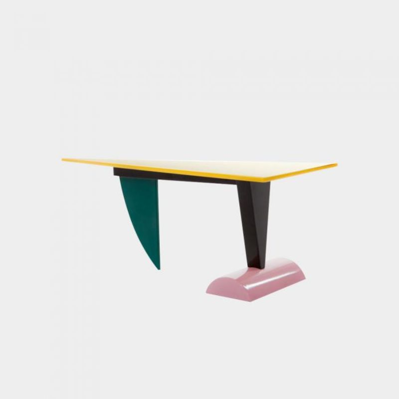 console table Colorful Console Table Designs to Spice Up Your Interior Memphis Milano