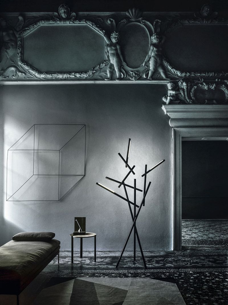 floor lamp Modern Floor Lamp Ideas to Match Your Console Table foscarini2