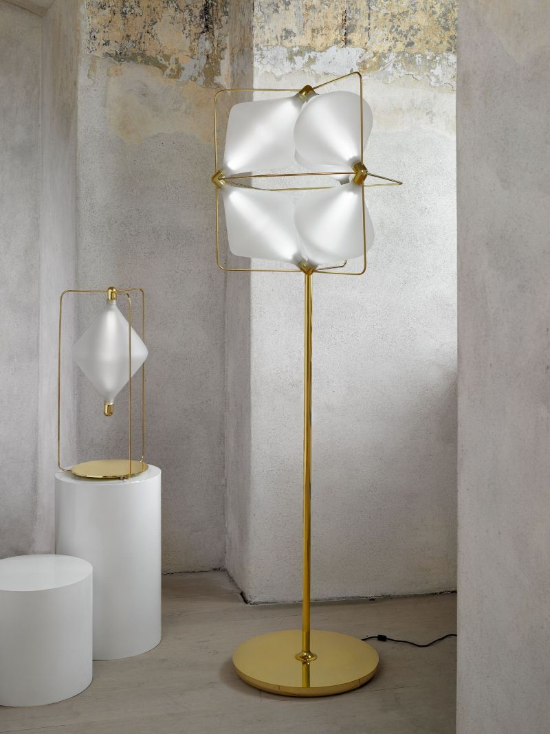 floor lamp Modern Floor Lamp Ideas to Match Your Console Table lasvit