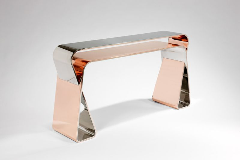 Mattia Bonetti's Exquisite Console Table Design mattia bonetti Mattia Bonetti's Exquisite Console Table Design Mattia Bonettis Exquisite Console Table Design 1
